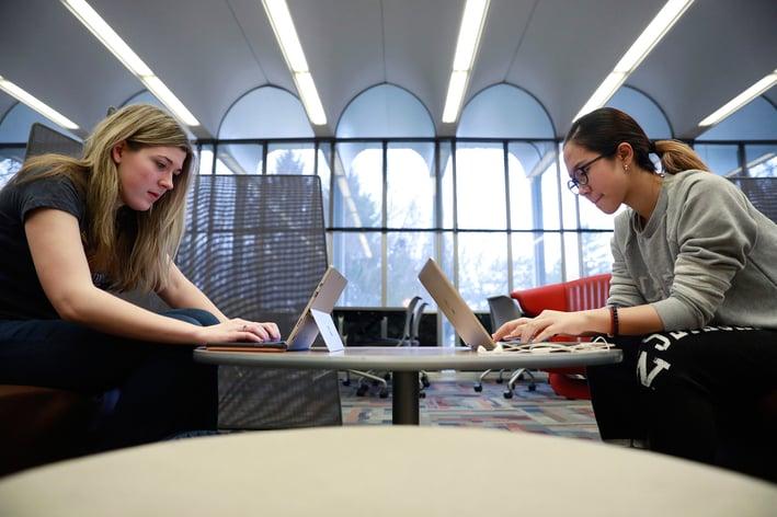 BU students working_mkt-butler_studentslibrary